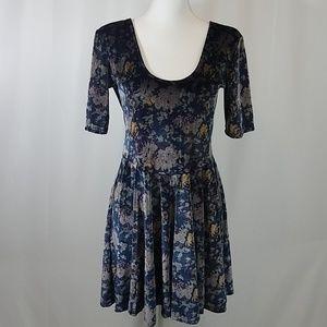 Kimchi Blue L Velvet Dress
